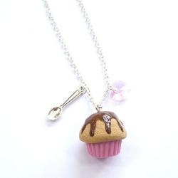 Naszyjnik z muffinką i serduszkiem