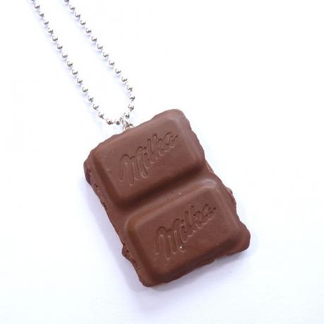Naszyjnik z kostką czekolady