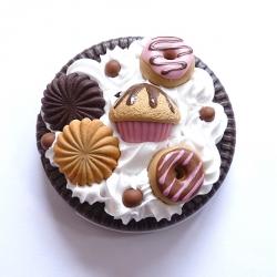 Lusterko kieszonkowe ze słodyczami