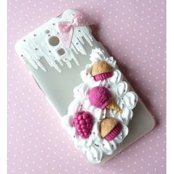 Obudowa na telefon z różowymi słodyczami