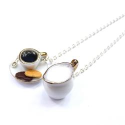 Naszyjnik z filiżanką kawy i dzbanuszkiem mleka
